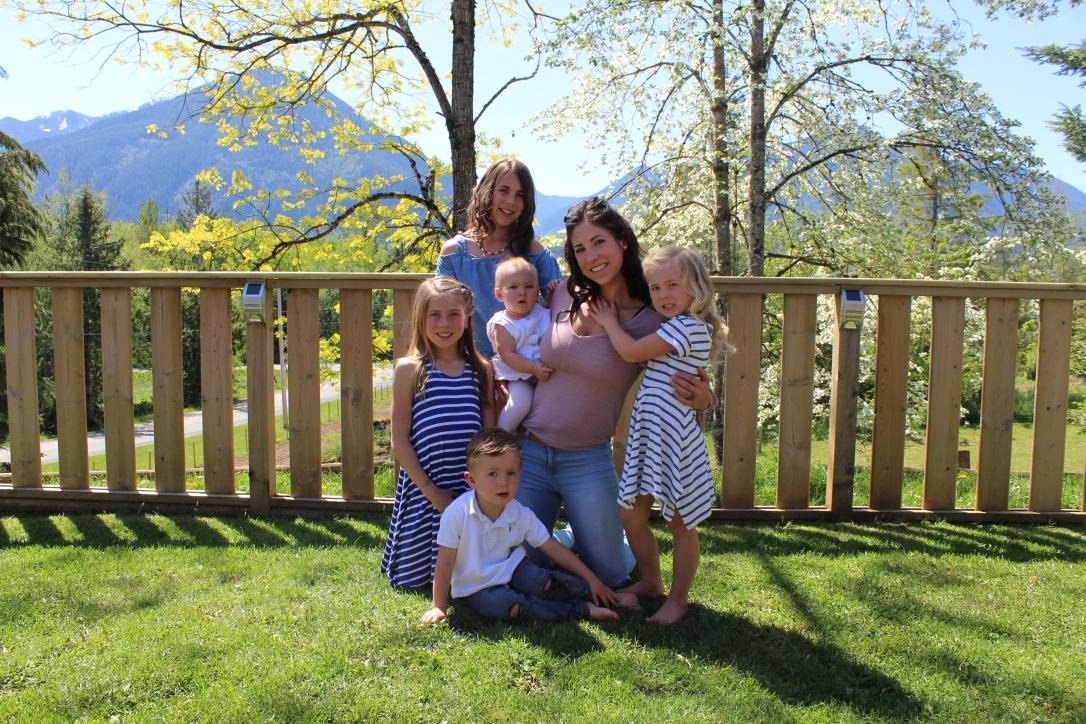 Mom of 5 who loves fitness, family, health and Farm Life